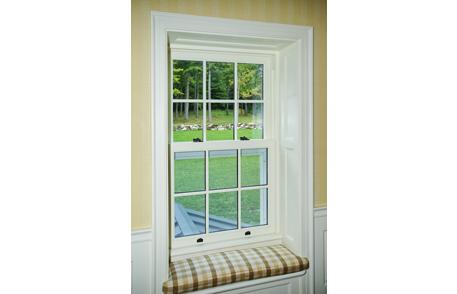 fen tre de bois guillotine lepage millwork. Black Bedroom Furniture Sets. Home Design Ideas