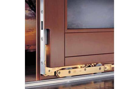 Porte de bois soulevant coulissante lepage millwork for Porte lift and slide