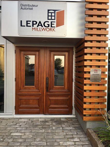 Portes de bois résidentielles réalisées par Menuiserie Deilsle